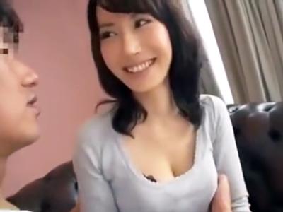 巨乳スレンダーな色白×人妻さんをナンパしてハメ撮りの末に痴女化×成功☆